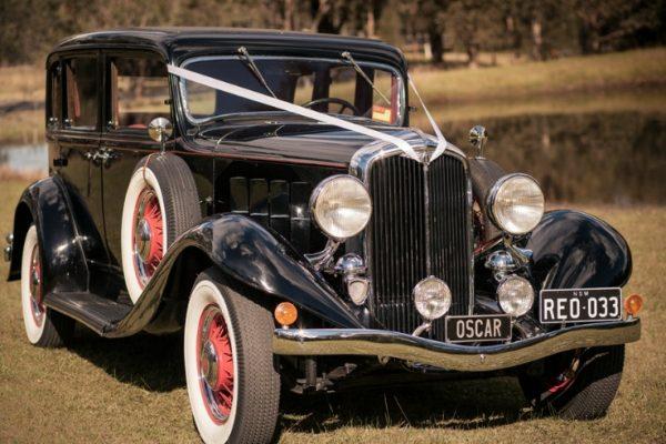 a-oscar04 - Exclusive Vintage Wedding Cars Hunter Valley Vintage Wedding Car Hire Pokolbin Lovedale Maitland Newcastle Cessnock