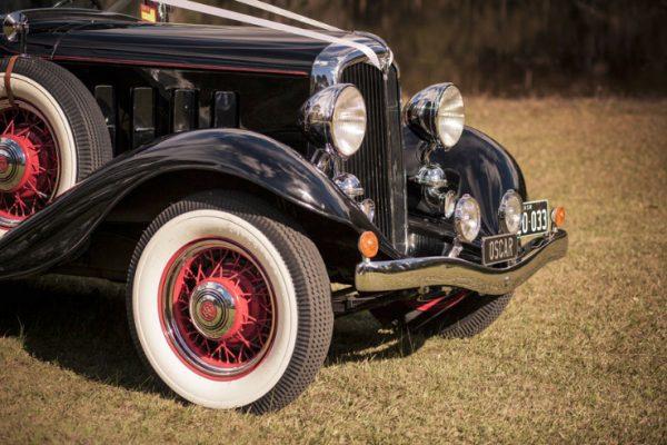a-oscar08 - Exclusive Vintage Wedding Cars Hunter Valley Vintage Wedding Car Hire Pokolbin Lovedale Maitland Newcastle Cessnock